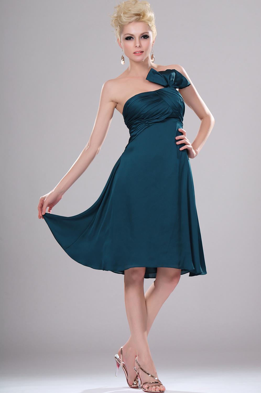 Photo robe de soiree courte