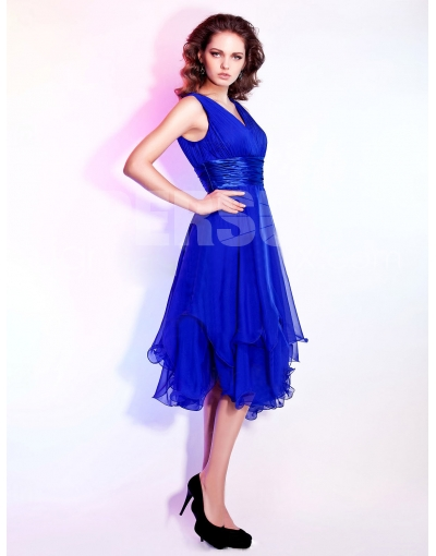 Belle robe bleu roi
