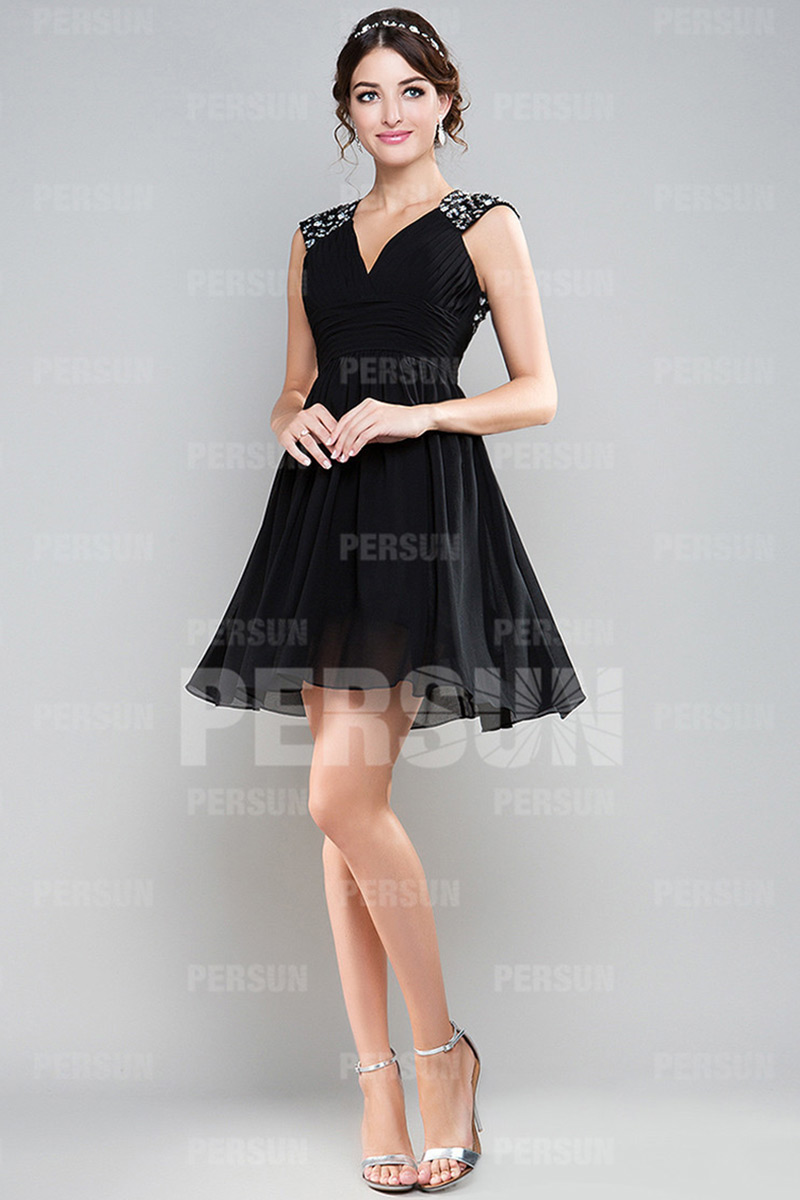 Robes noires courtes pas cher