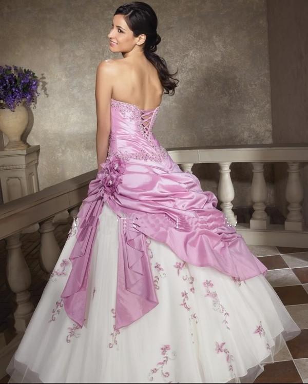 Robe de mariee rose et blanche